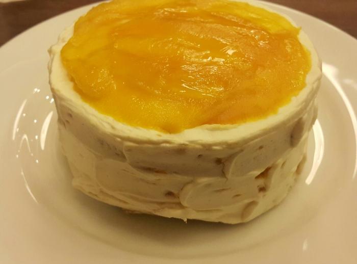 Coco Mango Cake